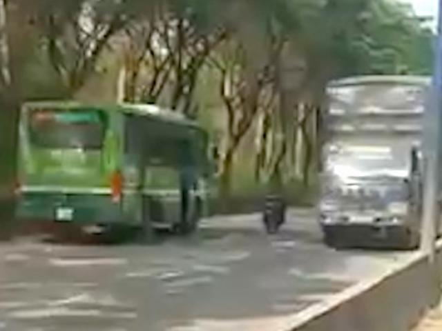 """Diễn biến bất ngờ vụ xe buýt chạy kiểu """"liều mạng"""" trên phố SG"""