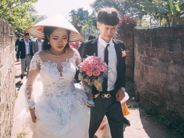 """Chú rể trẻ Lạng Sơn """"khóc ròng"""" dắt tay cô dâu trong ngày cưới"""