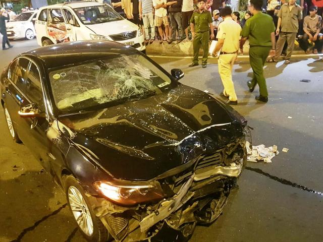 """""""Sếp"""" ngân hàng sốc nặng sau vụ nữ tài xế lái BMW gây tai nạn kinh hoàng"""