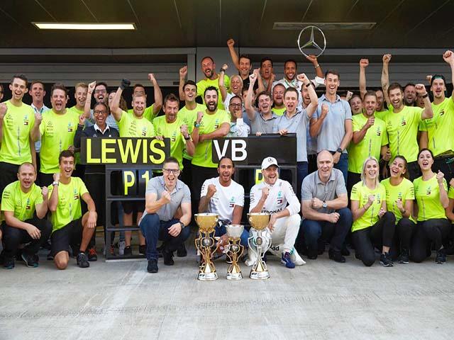 """Đua xe F1: Số 6 kỳ diệu """"dẫn đường"""" tới chức vô địch"""
