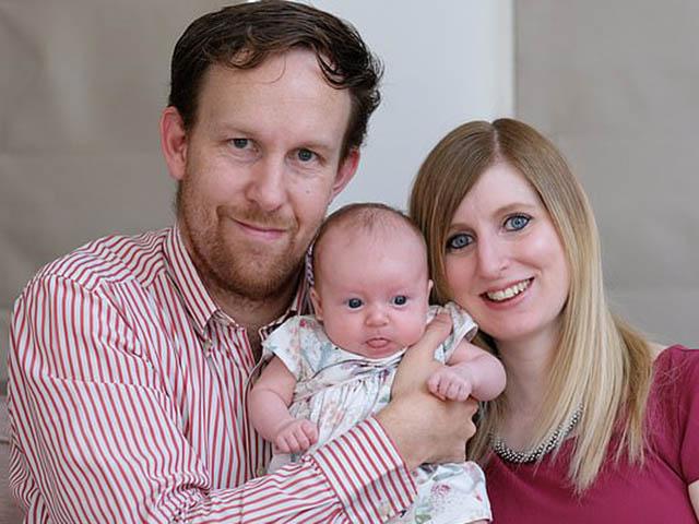 Bất chấp bác sĩ nói vô sinh, người mẹ có 2 âm đạo vẫn sinh con khỏe mạnh