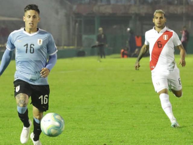 """Video highlight trận Uruguay - Peru: """"Truyền nhân Suarez"""" hóa người hùng"""