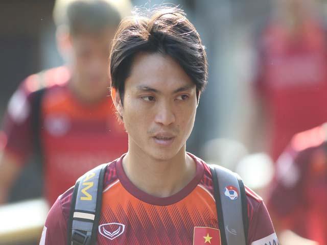 """ĐT Việt Nam """"luyện công"""" đấu Indonesia: Tuấn Anh báo tin vui, thầy Park mừng ra mặt"""
