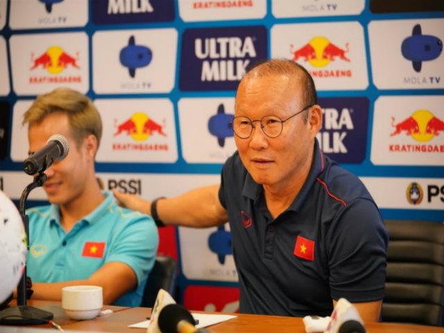 Trực tiếp họp báo ĐT Việt Nam - Indonesia: Thầy Park ngán nhất 2 cầu thủ nào?
