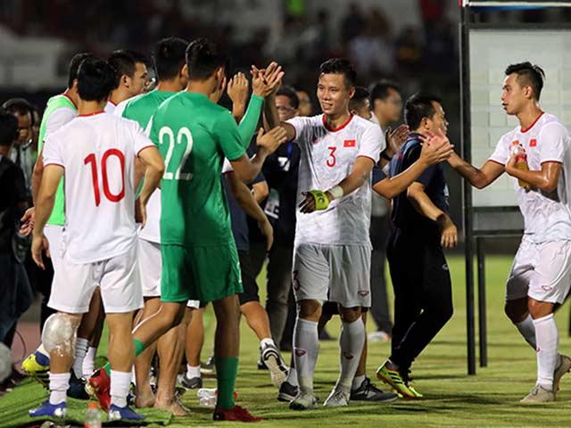 ĐT Việt Nam vui mừng mở hội, CĐV Indonesia thất vọng tột cùng