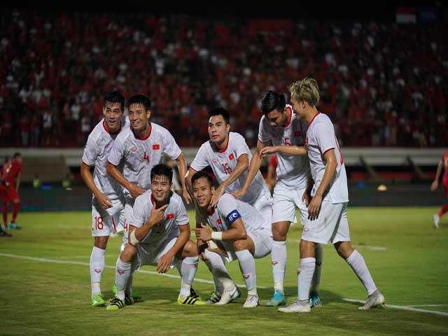 ĐT Việt Nam thắng Indonesia: Thăng tiến BXH FIFA, vượt đội bóng châu Âu