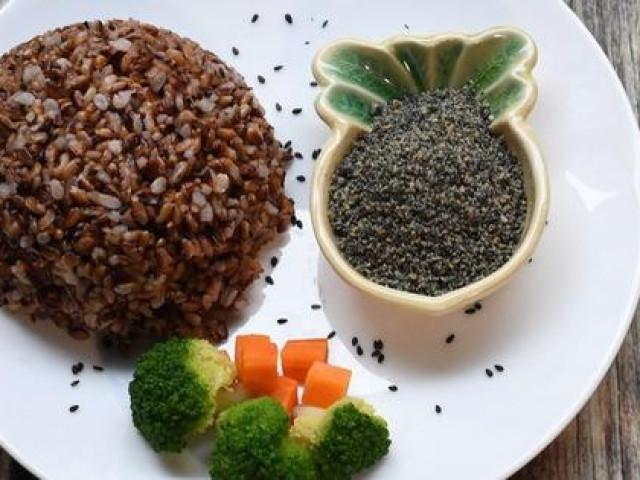 Thực đơn gạo lứt ngon, dễ nấu để cả tuần không ngán