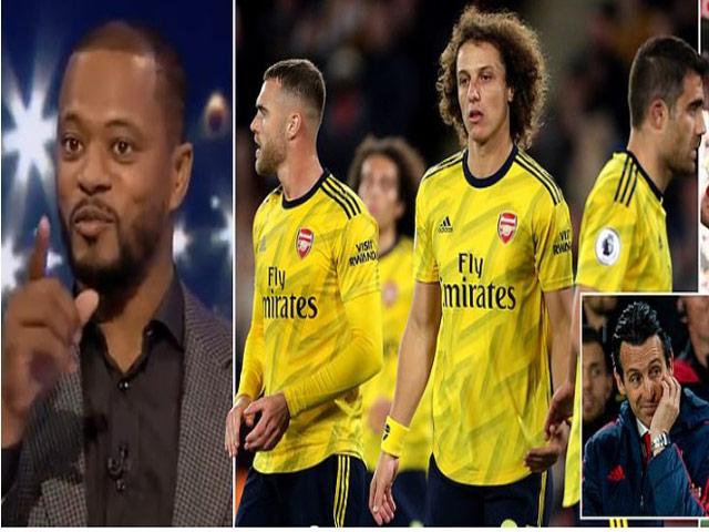 """Arsenal thua đau đội mới lên hạng, huyền thoại MU mỉa mai là """"trẻ con"""""""