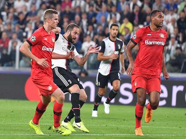 Trực tiếp bóng đá Cúp C1, Juventus - Lokomotiv Moscow: HLV Sarri tâng bốc Ronaldo