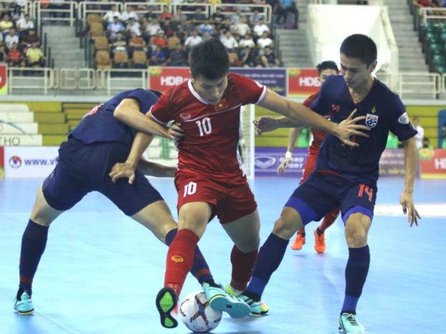 """Futsal Việt Nam thua dễ Thái Lan, HLV than phải đá 3 """"chung kết"""""""