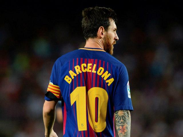Messi ngợi ca tiền đạo xuất sắc nhất lịch sử: Bất ngờ cái tên Ronaldo