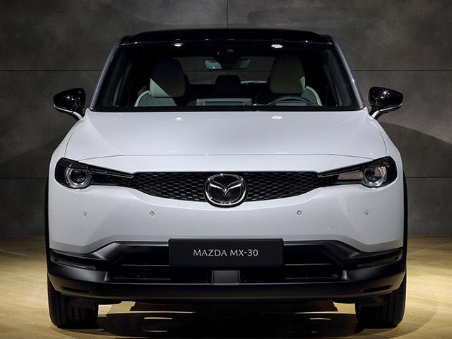 Mazda MX-30 chính thức bước chân vào thế giới xe điện