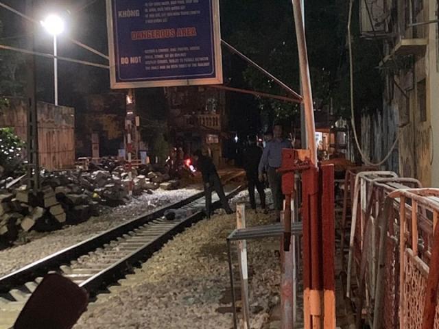 Người đàn ông bị tàu hỏa tông tử vong gần phố cà phê đường tàu