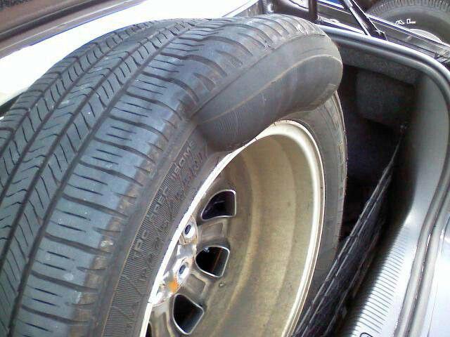 Lốp xe bị phù, nguy cơ tai nạn cao nếu không khắc phục sớm