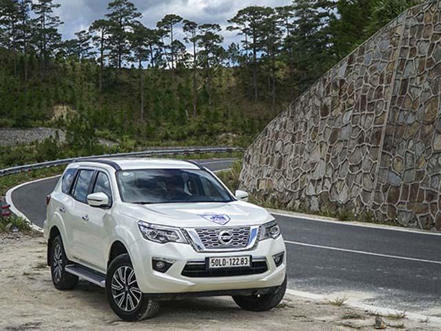 Nissan Terra giảm giá 40 triệu đồng, kích cầu mùa cuối năm