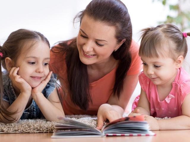 Các cách đơn giản tự dạy con tập đọc tại nhà