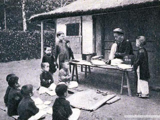 Ngày Nhà giáo Việt Nam: Ai là thầy giáo của hai hoàng đế nổi tiếng nhất sử Việt?