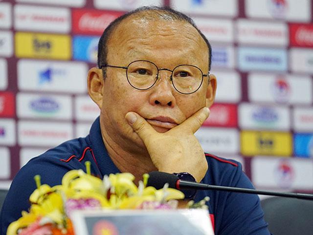 HLV Park Hang Seo: ĐT Việt Nam lo đấu Thái Lan trước, vụ Văn Hậu để sau