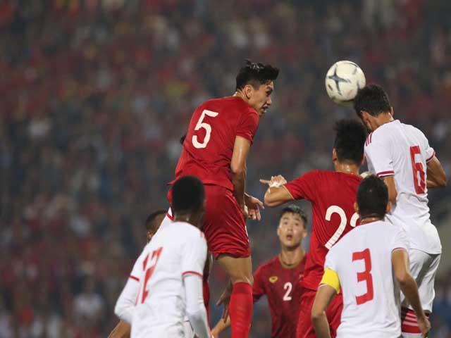 """Hàng thủ ĐT Việt Nam 4 trận 1 bàn thua: Top 3 châu Á, """"chung mâm"""" Nhật - Hàn"""