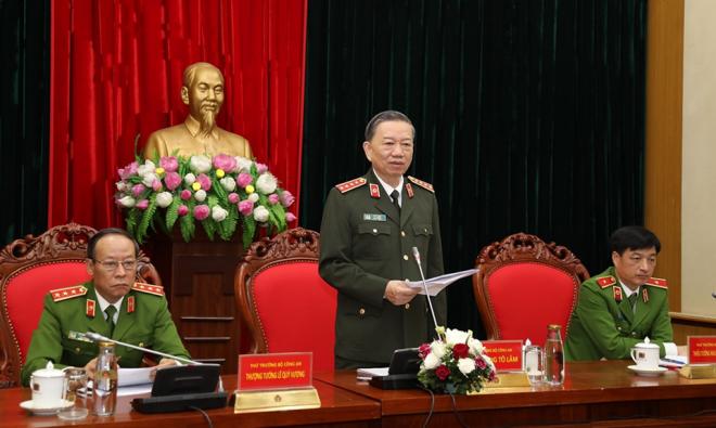 Bộ trưởng Tô Lâm chỉ đạo làm rõ phản ánh về việc CSGT can thiệp xử lý xe quá tải tại Đồng Nai