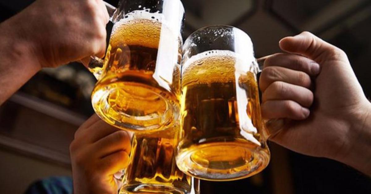 """Bất thần """"đột quỵ… thanh quản"""" sau chầu bia, nhiều người dở khóc dở cười"""