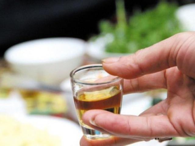 """Nhiều """"ma men"""" phải mất mạng vì uống bao nhiêu rượu vẫn không biết điều này"""