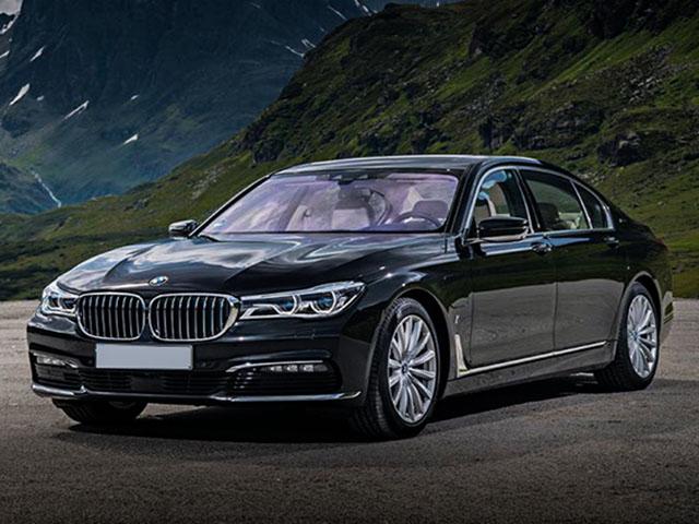 BMW tung ưu đãi cuối năm lên đến 300 triệu đồng cho các dòng xe tại Việt Nam