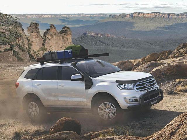Ford chiều lòng khách hàng sử dụng Everestbằng gói phụ kiện chất