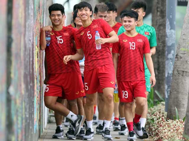 U22 Việt Nam tính kế thắng Singapore: Thầy Park cho học trò...dạo chơi công viên