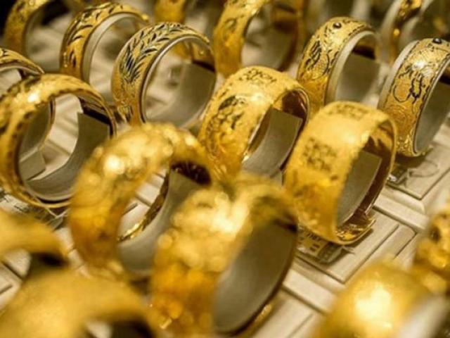 """Giá vàng hôm nay 6/12: Thấp thỏm chờ tin, vàng tạm """"ngủ đông"""""""