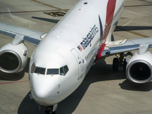 Máy bay MH370 có thể đã hạ cánh trên đảo vắng ở Philippines?
