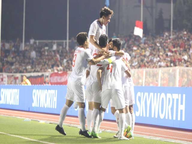 U22 Việt Nam vô địch SEA Games: Ngỡ ngàng Vua Đông Nam Á giá bằng 1/4 Thái Lan