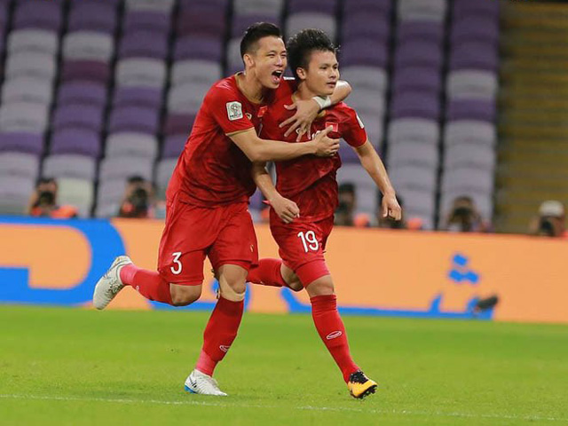 5 bàn thắng khiến triệu fan VN ngất ngây 2019: Quang Hải, Tiến Linh khuấy đảo châu lục