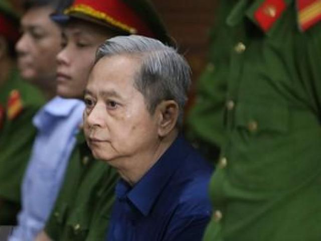 Bị cáo Nguyễn Hữu Tín: Tôi bị người khác trục lợi, rất hối hận