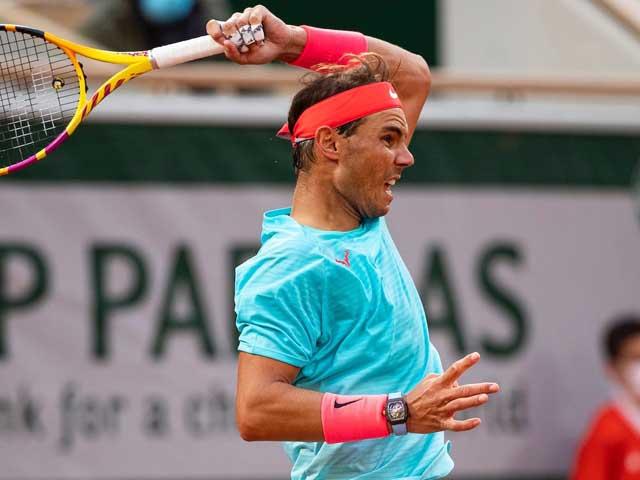 """""""Tay chơi"""" Nadal thị uy sức mạnh với đồng hồ triệu đô ở Roland Garros 2020"""