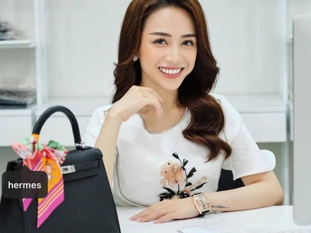 """Con gái đại gia Minh Nhựa chi bộn tiền mặc theo phong cách """"nữ chủ tịch"""""""