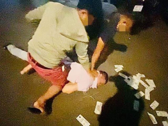 Cận cảnh công an quận Bình Thạnh mật phục bắt nhóm đối tượng cho vay lãi nặng