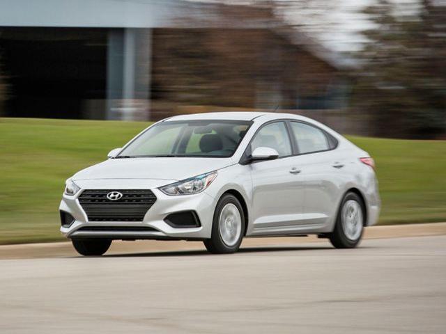 Giá xe Hyundai Accent lăn bánh tháng 10/2020