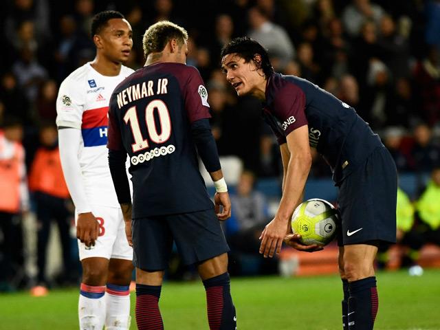 """Số 7 mới của MU Cavani bất ngờ nói về Neymar: """"Quỷ đỏ"""" có nên nổ """"bom tấn""""?"""