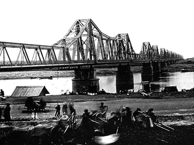 Bến Nứa dưới chân cầu Long Biên thay đổi ra sao sau hơn 1thế kỷ?