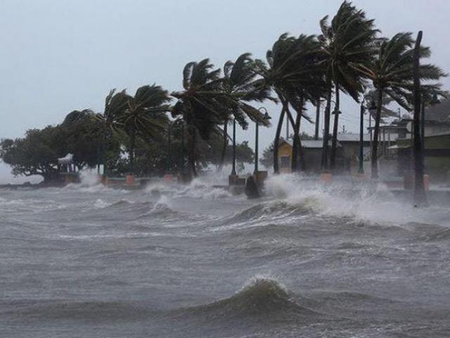 Bão số 6 đi vào vùng biển Quảng Nam – Bình Định, nhiều nơi đang mưa rất to