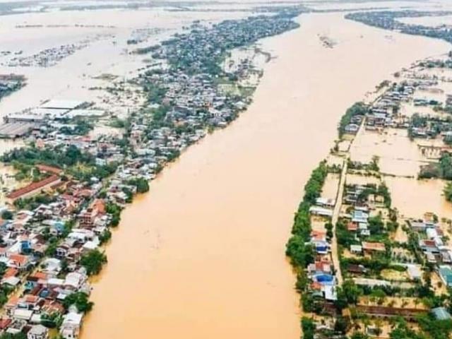 Những con số thiệt hại đau lòng sau bão số 6 và mưa lũ ở miền Trung