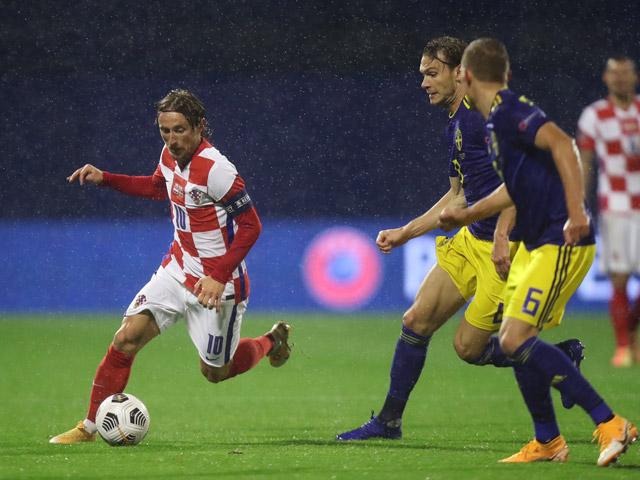 Video highlight trận Croatia - Thụy Điển: Rượt đuổi hấp dẫn, sai lầm định đoạt
