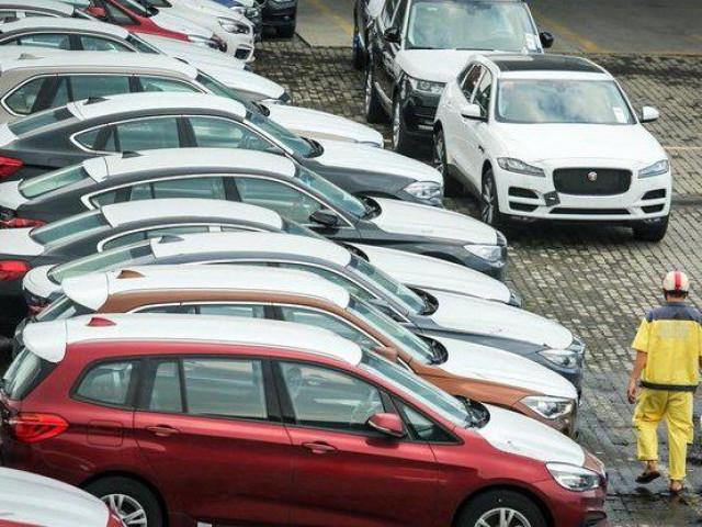 Ô tô giá gốc chưa đến 300 triệu đồng từ Indonesia đổ bộ Việt Nam