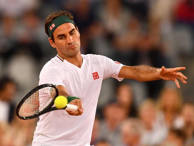 Federer phủ nhận tin đồn xích mích với Djokovic, lộ thời điểm quay lại