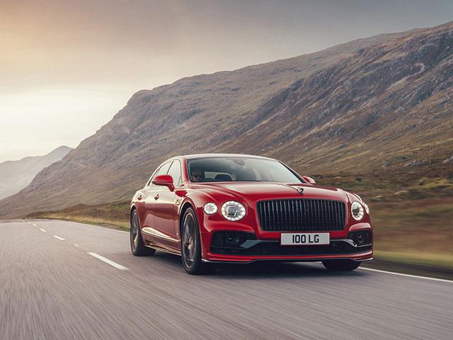 Bentley Flying Spur có thêm phiên bản V8 mạnh hơn 500 mã lực