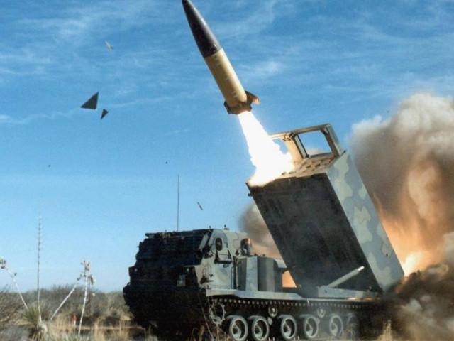 Trung Quốc sẽ bán vũ khí cho Cuba vì Mỹ giúp Đài Loan bằng tên lửa đạn đạo?