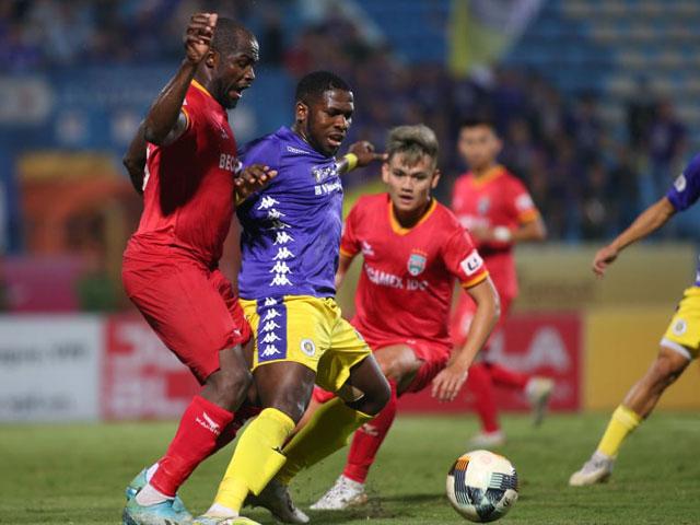 Hà Nội FC thắng nghẹt thở Bình Dương, HLV Thanh Sơn ức chế vì trọng tài