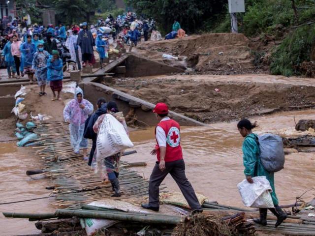 Truyền thông thế giới viết về bão số 9 đang hướng vào Việt Nam