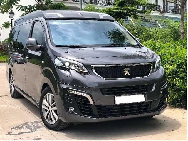 Có nên mua MPV Peugeot Traveller phiên bản Premium lướt giá 1,9 tỷ đồng?